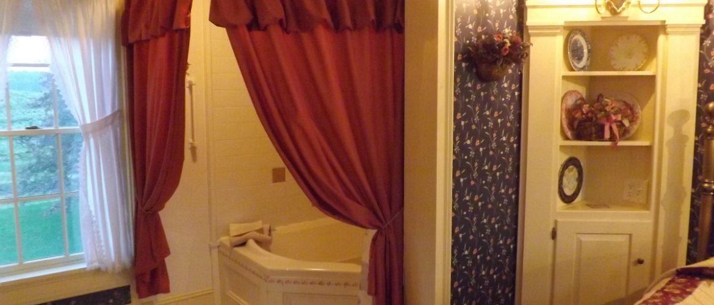 Robert Harper Room Jacuzzi